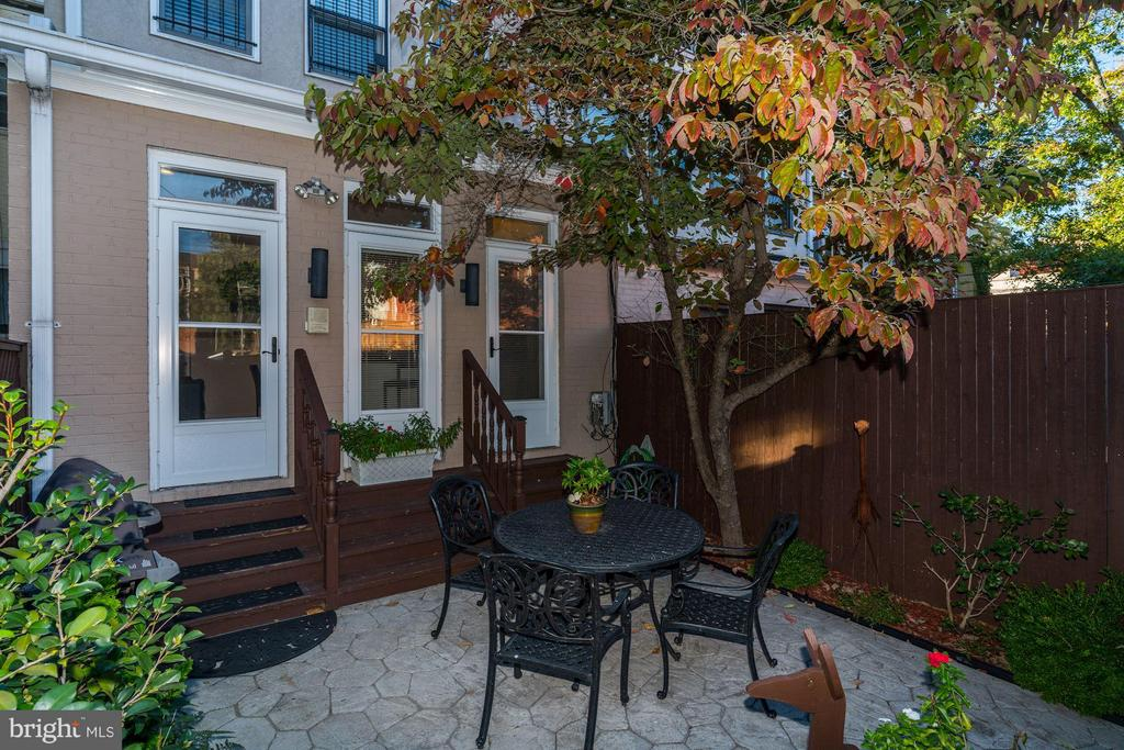 Rear patio - 1309 22ND ST NW, WASHINGTON