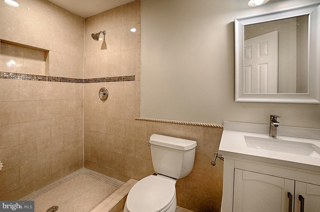 Lower Level Bath - 102 BALCH SPRINGS CIR SE, LEESBURG
