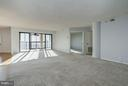 Living Room - 1600 N OAK ST #614, ARLINGTON