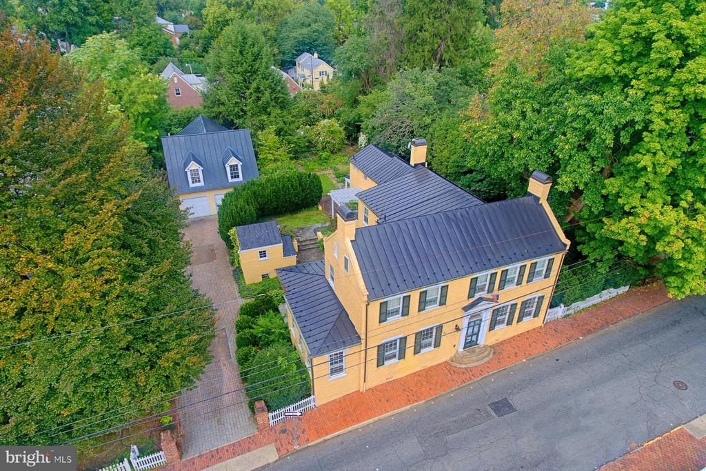 1790  The Knox House - 7 WIRT ST NW, LEESBURG