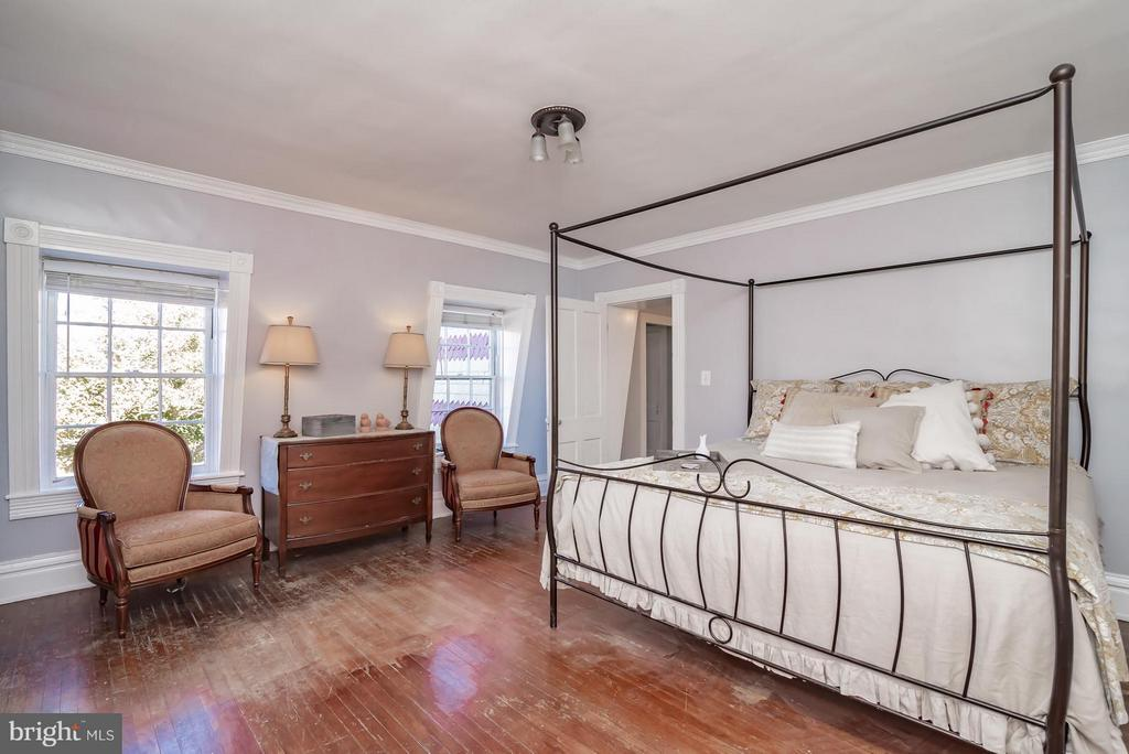 Bedroom (Master) - 304 AMELIA ST, FREDERICKSBURG