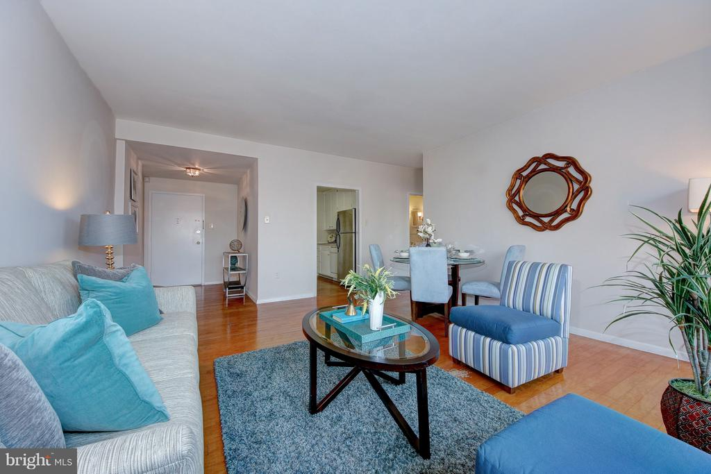 This is Just Right - 4101 CATHEDRAL AVE NW #1205, WASHINGTON