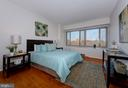 So much Natural Light - 4101 CATHEDRAL AVE NW #1205, WASHINGTON