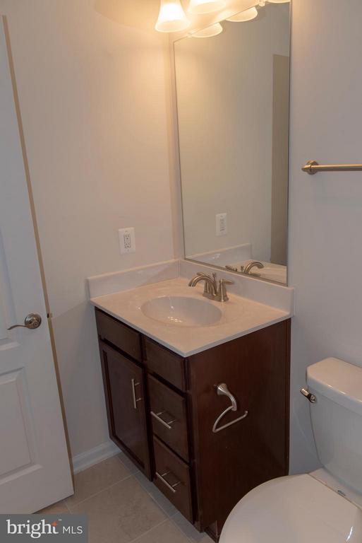 Full Bathroom - 21 SHERMANS RIDGE RD, STAFFORD