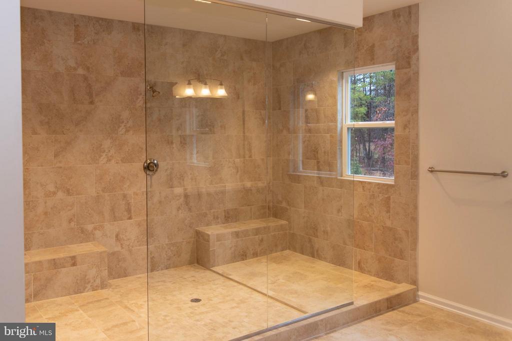 Master Bathroom - 21 SHERMANS RIDGE RD, STAFFORD