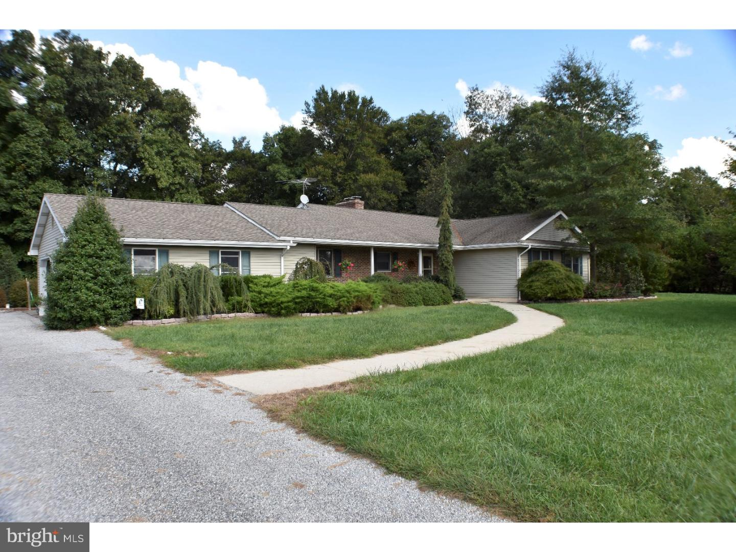 Single Family Home for Sale at 321 LINCOLN Road Pilesgrove, New Jersey 08098 United States