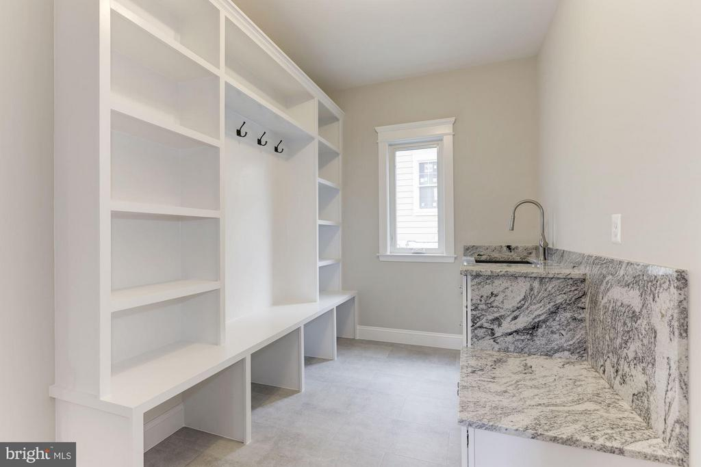 Huge Mud Room off the garage. - 6910 SYCAMORE ST, FALLS CHURCH