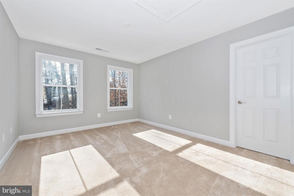 Lots of natural light! - 7800 OLD RECEIVER RD, FREDERICK