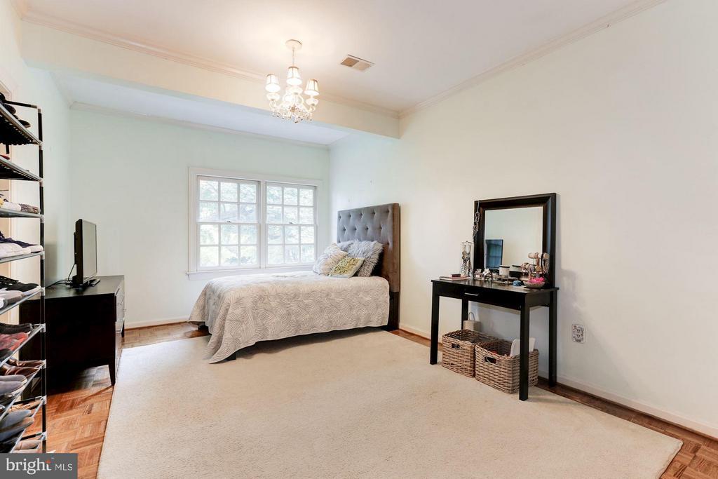 Bedroom 2 - 1001 MURPHY DR, GREAT FALLS