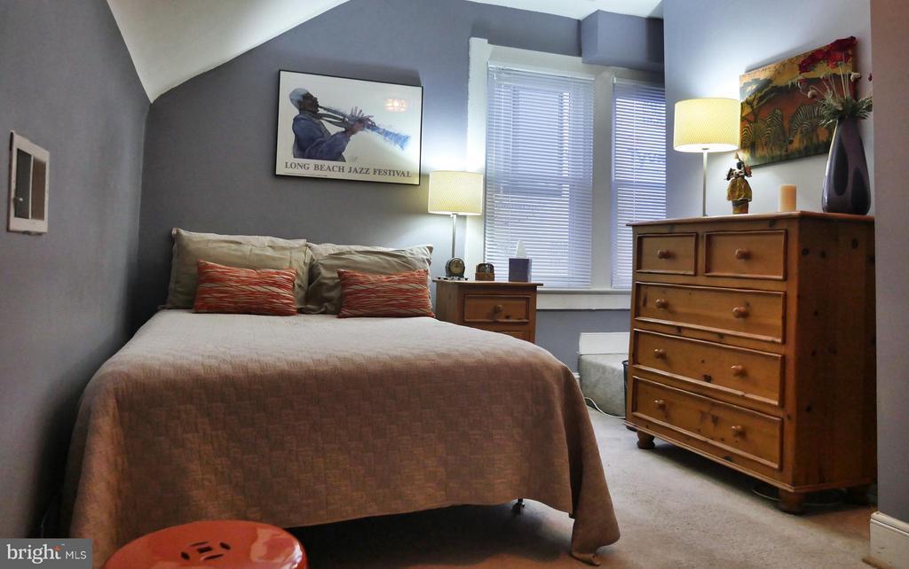 2nd bedroom - 1016 DOUGLAS ST NE, WASHINGTON