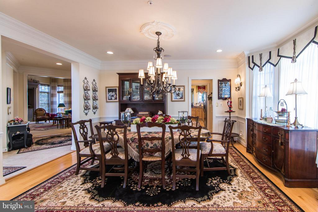 Formal Dining Room - 21813 AINSLEY CT, BROADLANDS