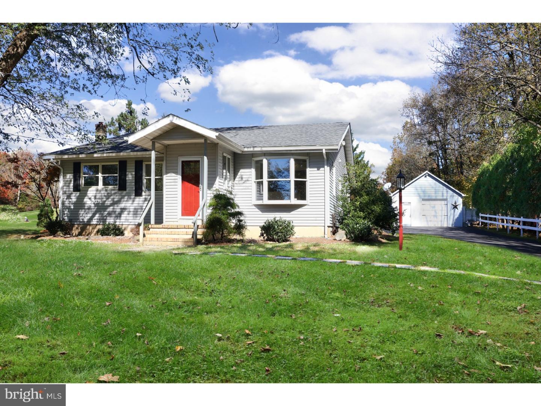 Частный односемейный дом для того Продажа на 126 LOCKTOWN FLEMINGTON Road Flemington, Нью-Джерси 08822 Соединенные ШтатыВ/Около: Delaware Township