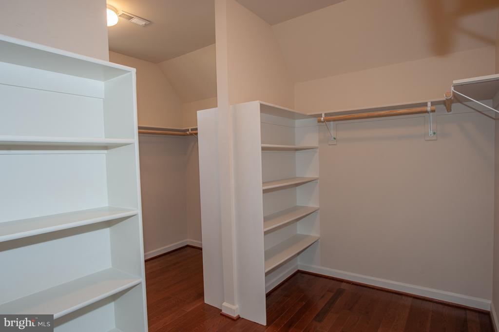 Master Walk-in Closet - 7824 KENT RD, ALEXANDRIA