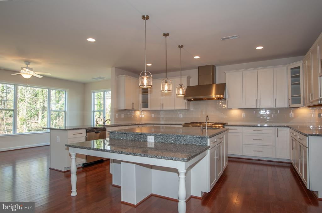 Kitchen - 7824 KENT RD, ALEXANDRIA