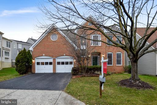 109 CANFIELD HILL DR
