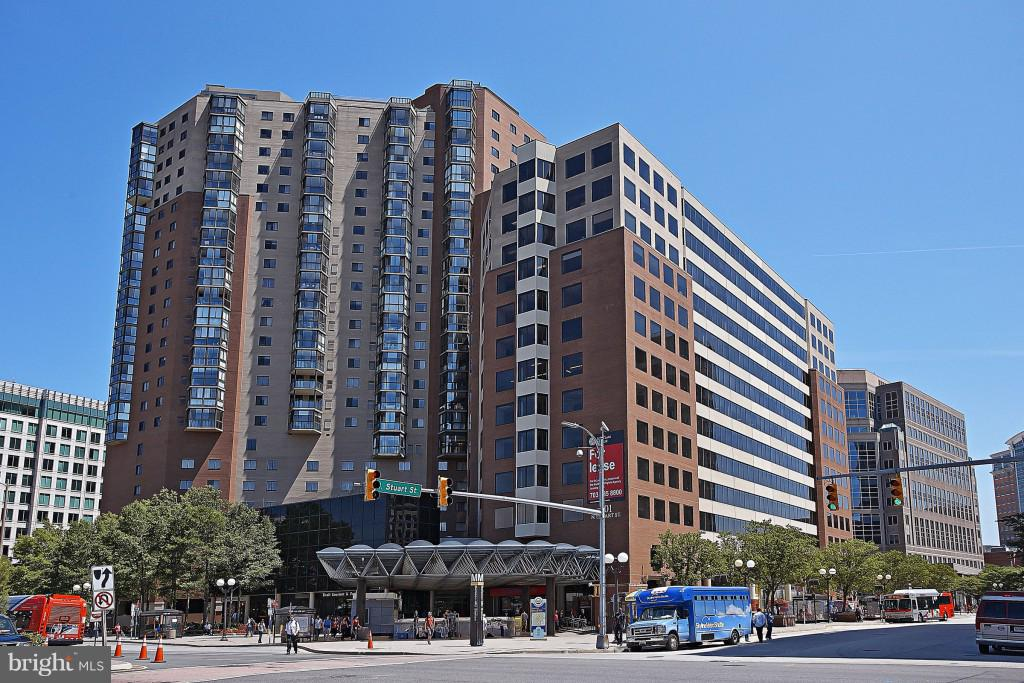 Heart of Ballston - 900 N STAFFORD ST #2620, ARLINGTON
