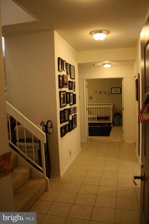 Large entry foyer - 900 N STAFFORD ST #2620, ARLINGTON