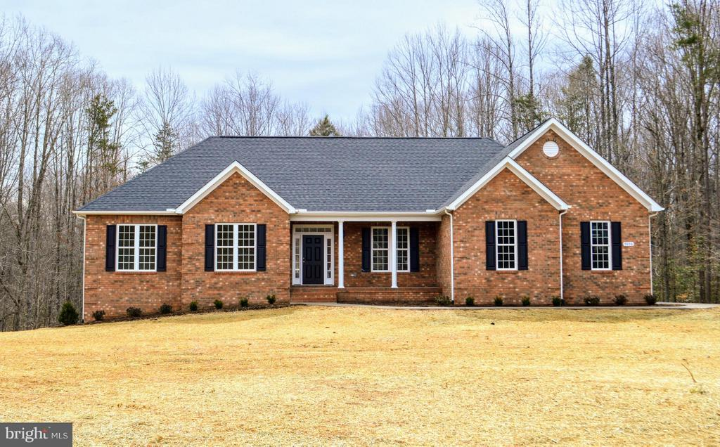All Brick Front (Photo of previous Model Home) - 7526 STONEGATE MANOR DR, FREDERICKSBURG