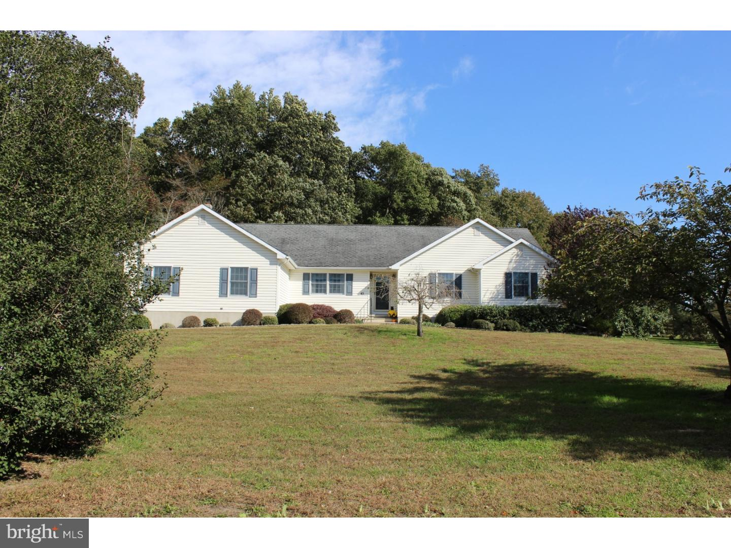 Single Family Home for Sale at 83 HACKETT Road Salem, New Jersey 08098 United States