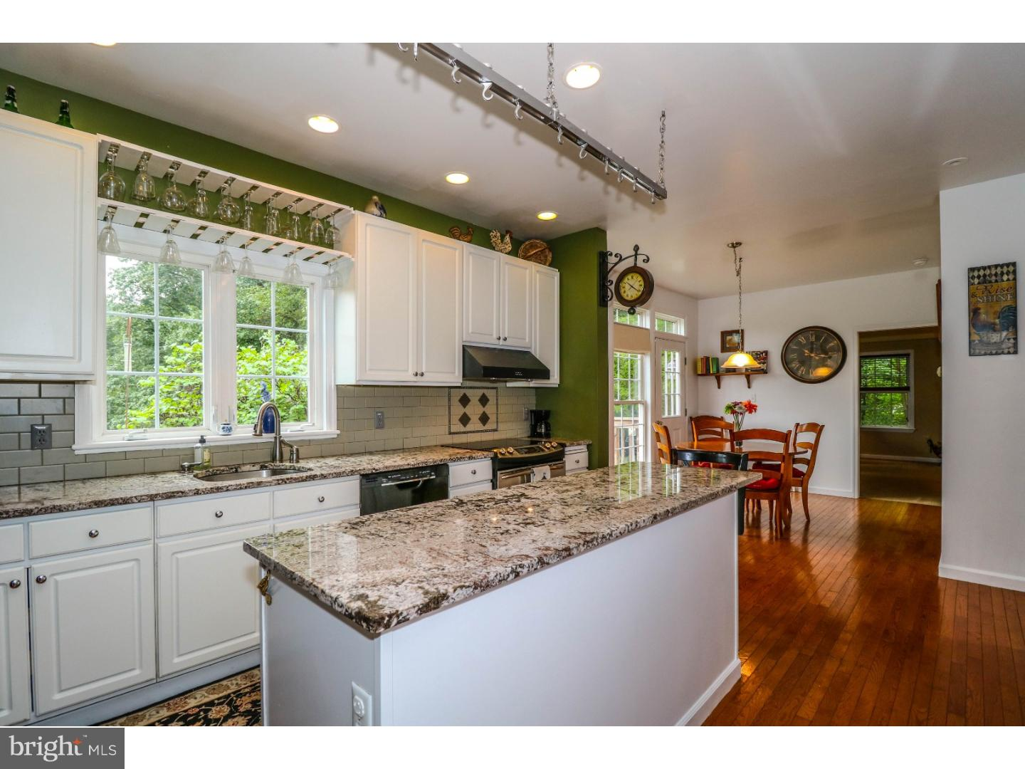 Additional photo for property listing at 86 ALEXAUKEN CREEK Road  Lambertville, New Jersey 08530 United States