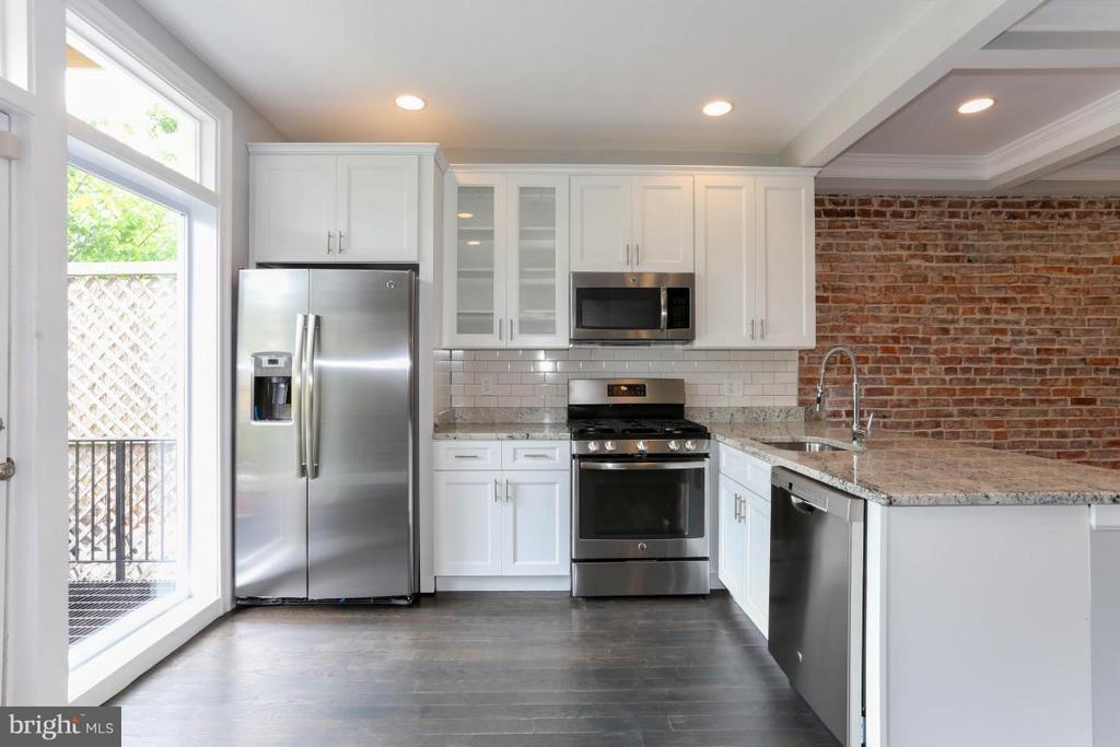 Unit A Kitchen - 3015 SHERMAN AVE NW, WASHINGTON
