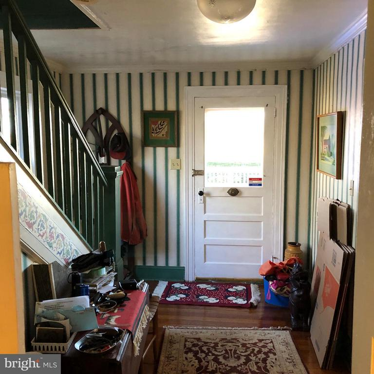 Entry Taken from Kitchen - 1919 CASTLEMAN RD, BERRYVILLE