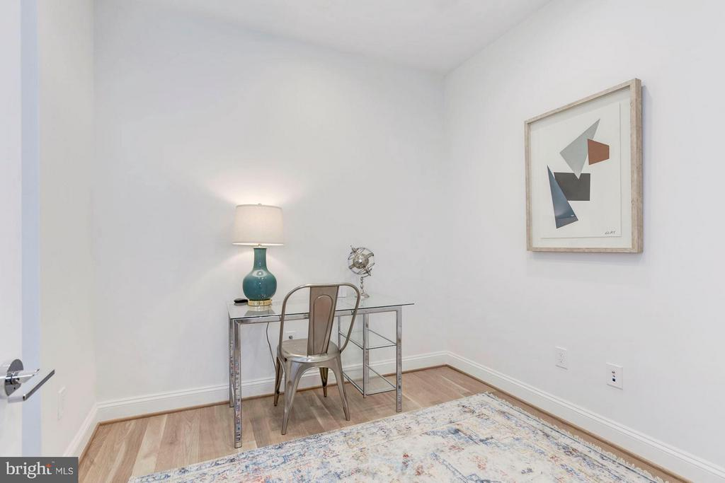 Bedroom, Office, Flex Space- perfect for yoga! - 2817 13TH ST NW #2, WASHINGTON