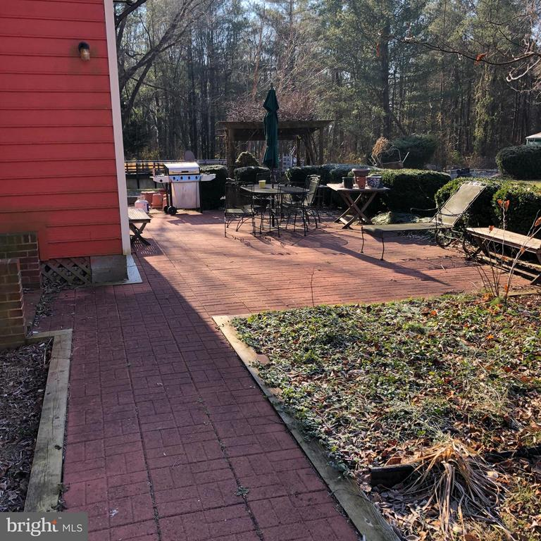 New Path & Patio - 1919 CASTLEMAN RD, BERRYVILLE