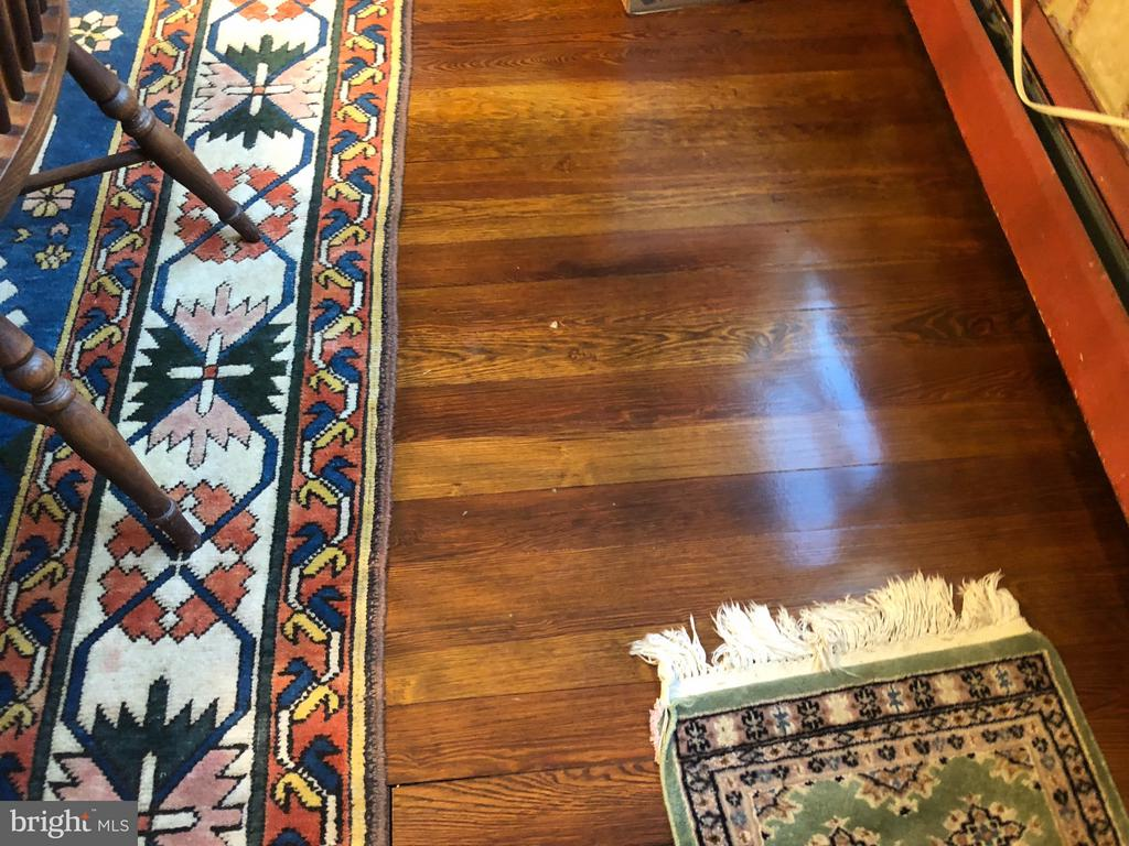 Dining Rm Floors Newly Refinished - 1919 CASTLEMAN RD, BERRYVILLE