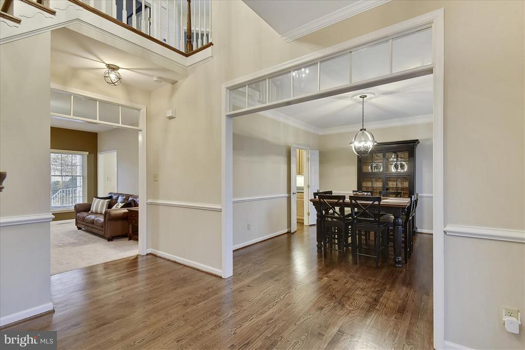 Main level Foyer - 1501 DADE LN, ALEXANDRIA