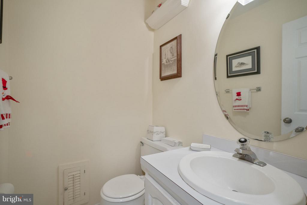 Full bath in basement - 4918 KING DAVID BLVD, ANNANDALE