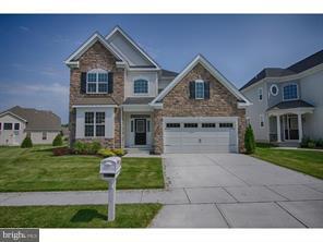 Maison unifamiliale pour l Vente à 66 BERNINI BERNINI WAY Monmouth Junction, New Jersey 08852 États-UnisDans/Autour: South Brunswick Township