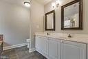 Master bath with double sinks - 15333 TINA LN, WOODBRIDGE