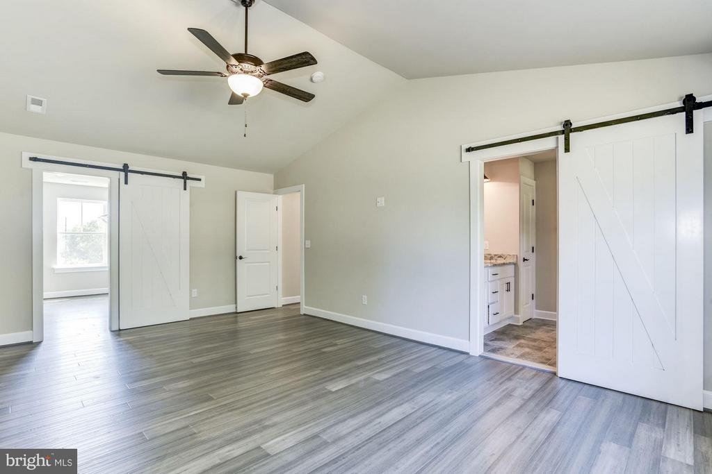 Master with Xtra Barn Doors. - WOOD LANDING RD, FREDERICKSBURG