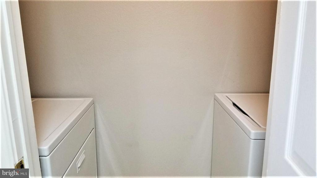 Washer and Dryer - 1538 LINCOLN WAY #102, MCLEAN