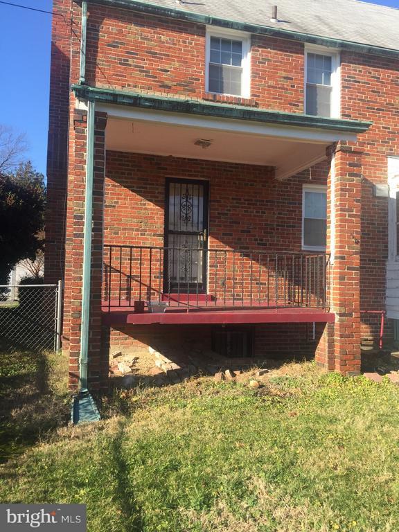 Porch off livingroom - 4417 13TH PL NE, WASHINGTON