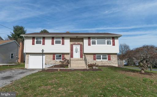 Property for sale at 3921 Silver Spur Dr, York,  PA 17402