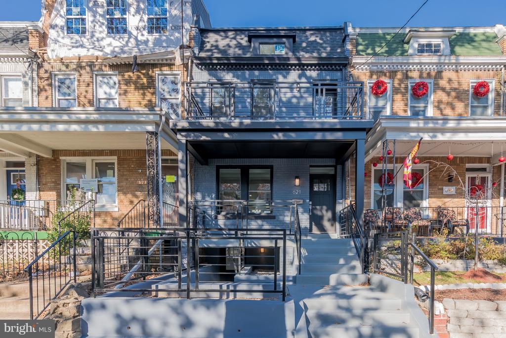 Welcome to 621 Longfellow Street! - 621 LONGFELLOW ST NW, WASHINGTON