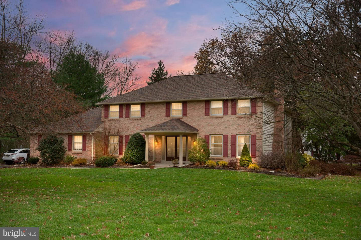 Photo of home for sale at 601 Country Club Drive, Blue Bell PA