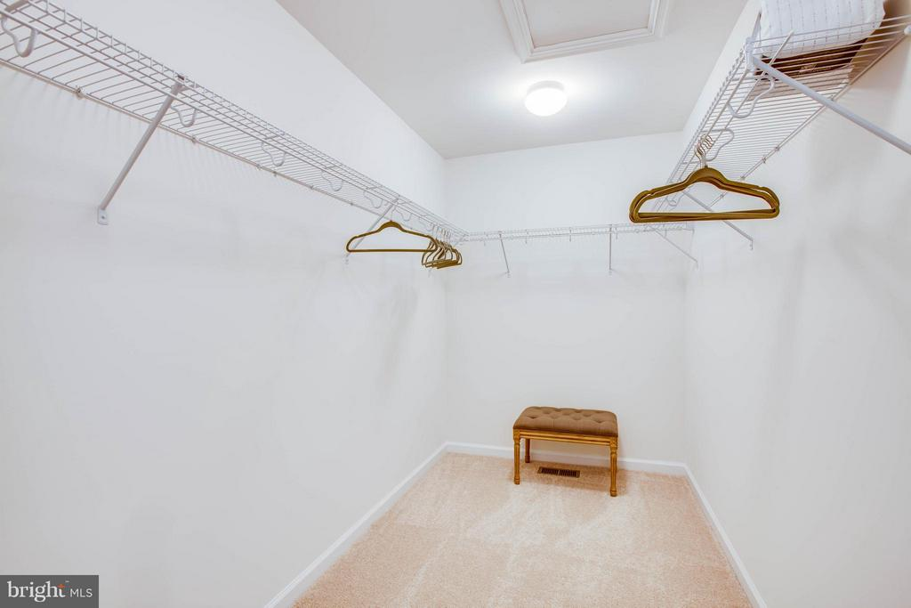 Spacious Master Walk in Closet - 0 COURTLAND PARK DRIVE, FREDERICKSBURG