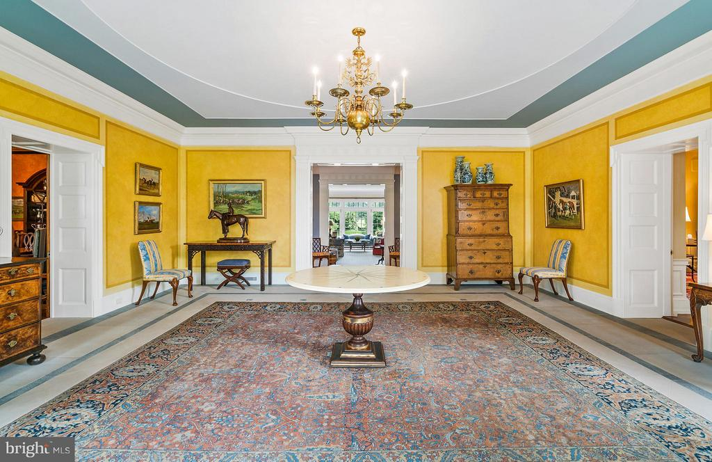 Foyer with long view to Grand Salon beyond. - 33542 NEWSTEAD LN, UPPERVILLE