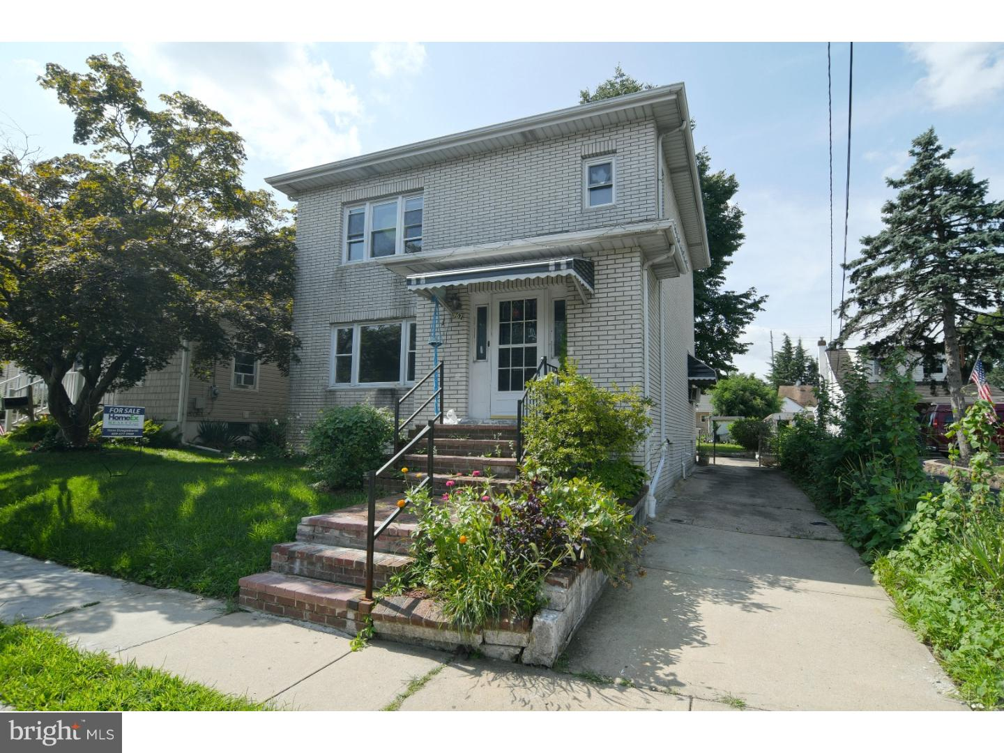 Single Family Home for Sale at 967 LANNING Avenue Lawrenceville, New Jersey 08648 United StatesMunicipality: Lawrence Township