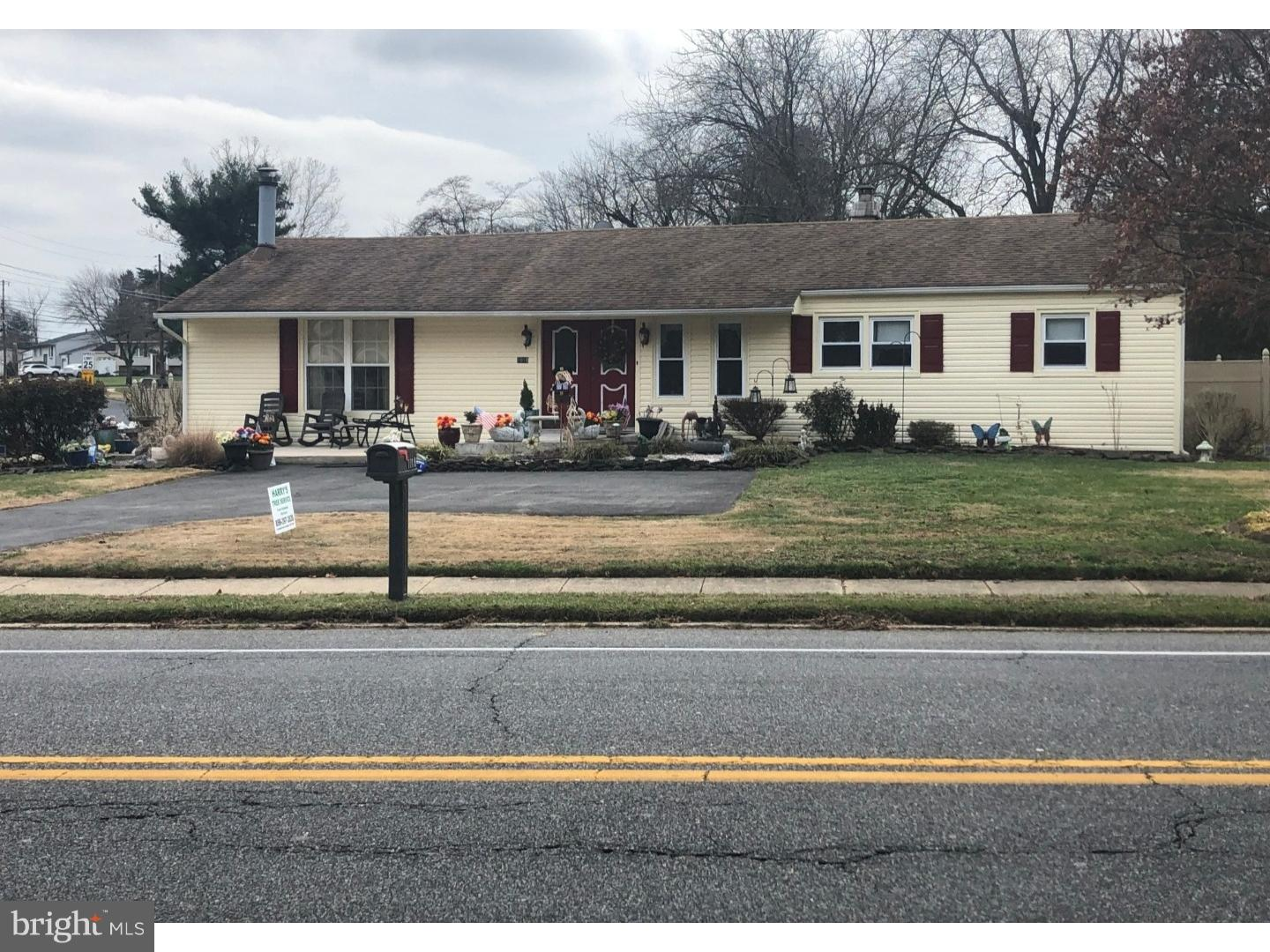 Single Family Home for Sale at 1018 CHEWS LANDING Road Clementon, New Jersey 08021 United States