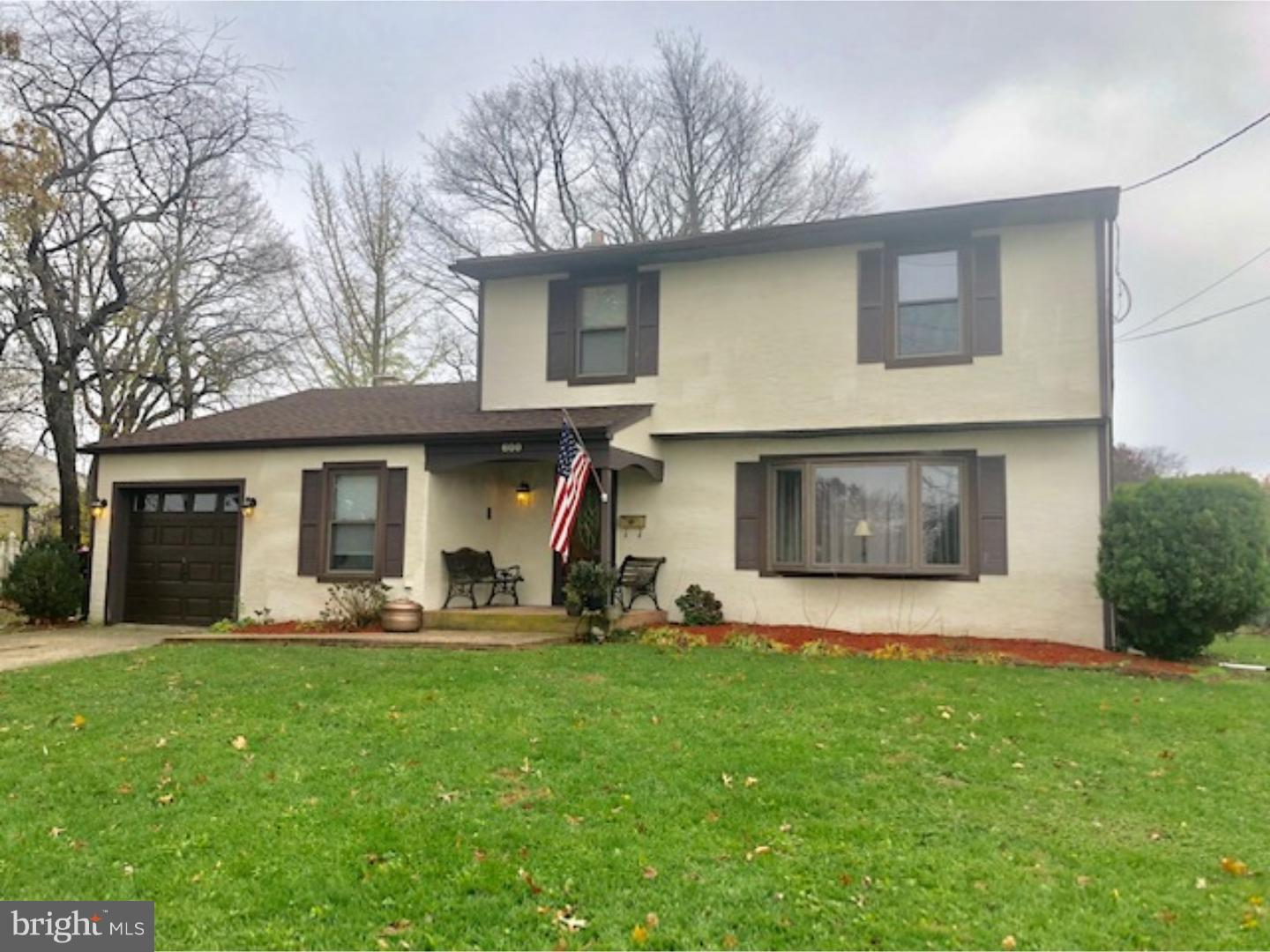 Single Family Home for Sale at 600 E EVESHAM Road Glendora, New Jersey 08029 United States