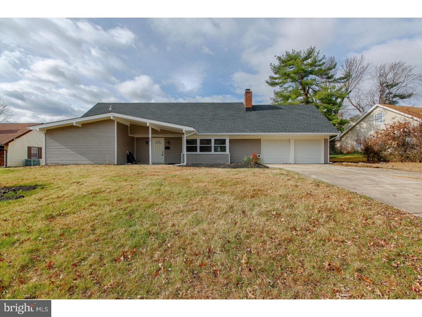 Single Family Home for Sale at 44 WOODHAVEN Lane Willingboro Township, New Jersey 08046 United States