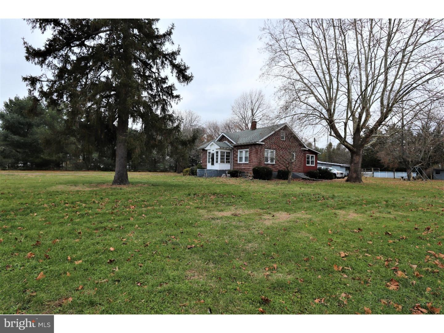 Single Family Home for Sale at 1000 W SUMMER Avenue Minotola, New Jersey 08341 United States