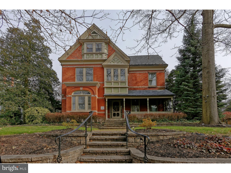 Enfamiljshus för Försäljning vid 301 HIGH Street Mount Holly, New Jersey 08060 Förenta staterna