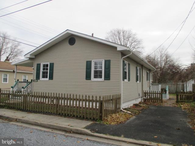 Single Family Home for Sale at 29 VAN BUREN Street Deepwater, New Jersey 08023 United States