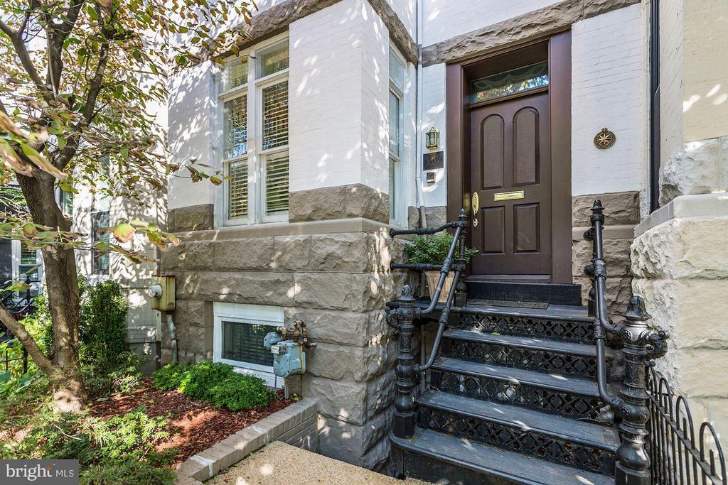 Gracious facade with gated garden. - 1309 22ND ST NW, WASHINGTON