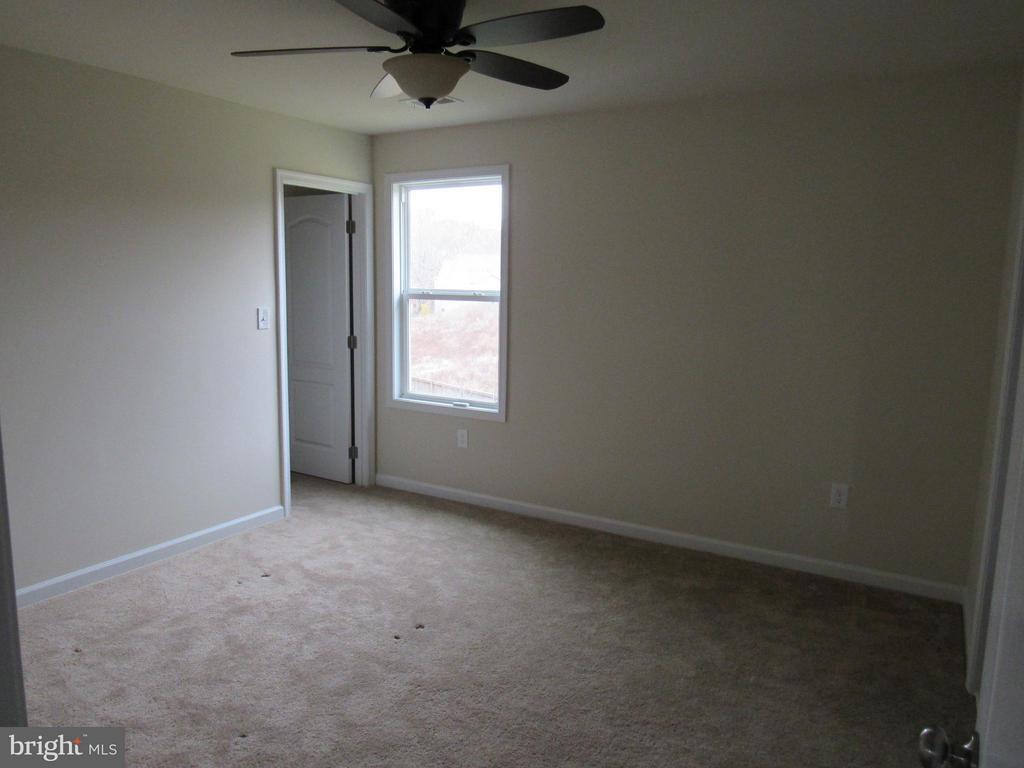Bedroom 3 - 4 BRADBURY WAY, STAFFORD
